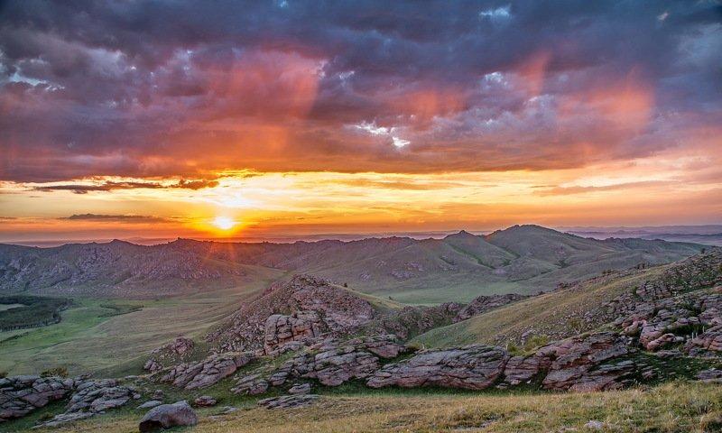 горы На  закате.photo preview