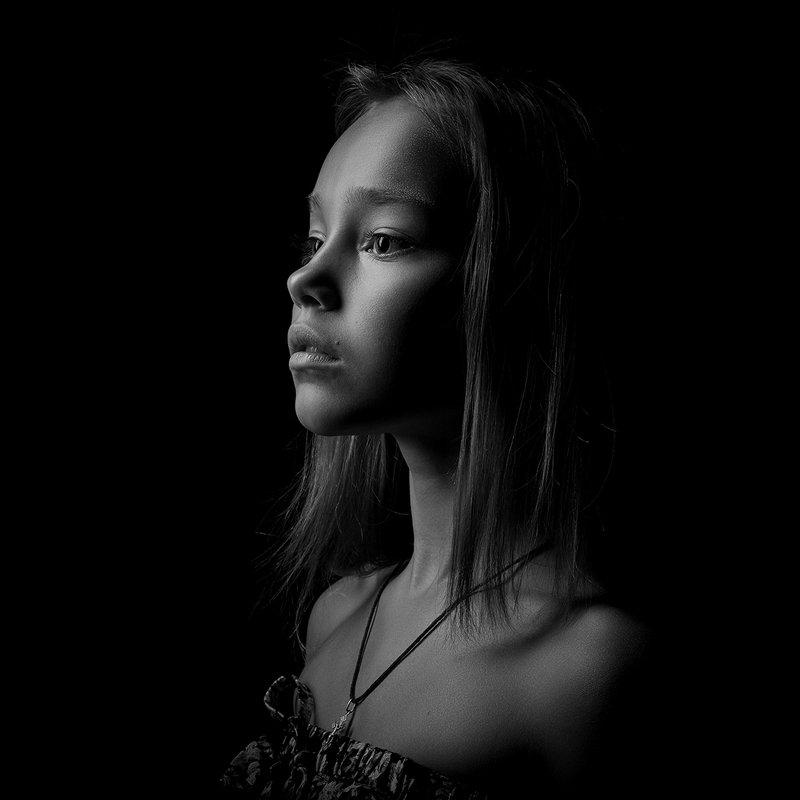 Портрет девочкиphoto preview