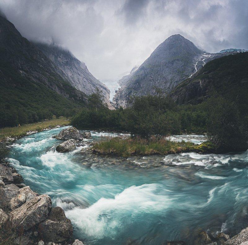 norway,norwegian,glacier,briksdalsbreen,river,stream,mountains,landscape,nature Briksdalsbreen glacierphoto preview