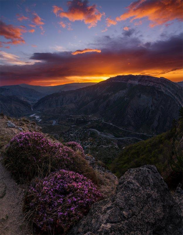 природа, пейзаж, горы, кавказ, природа россии, дикая природа, рассвет, свет, облака, утро, весна, Россияphoto preview