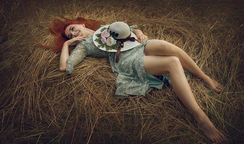 портрет, стритфото, девушка, модель, жанр, сеновал, rekhov На сеновале...photo preview