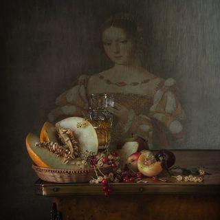 С портретом кисти неизвестного художника