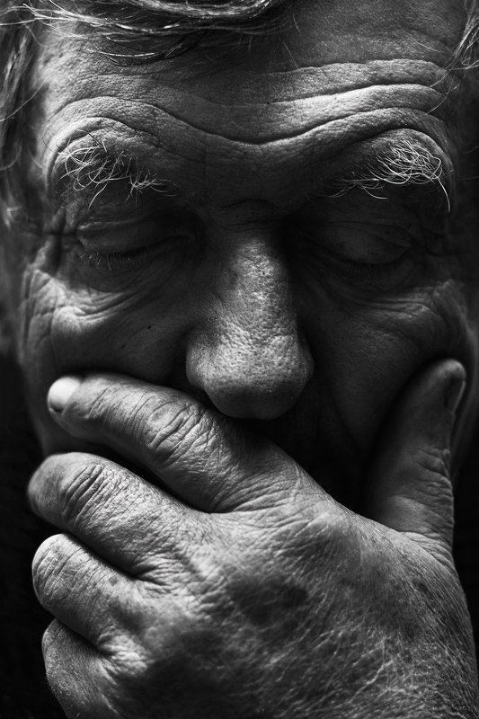 черно_белый_портрет, старик, старость, дед, морщины, грусть, мужчина, old,man, black&white, portrait, art, monochrome, people, old_age, wrinkles, sadness Утратаphoto preview