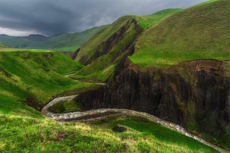 природа, пейзаж, горы, кавказ, природа россии, дикая природа, закат, свет, облака, вечер, весна, Горные реки не ищут легких путейphoto preview