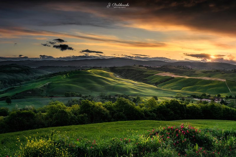 tuscany, landscape, italy, cypres hill, green fields, Tuscany sunsetphoto preview
