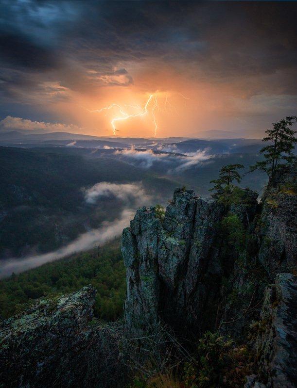 ночь, гроза, горы, южный урал, молния Ночная гроза на Южном Уралеphoto preview