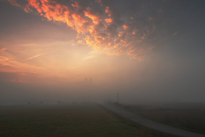 tyniec, mood, secret, sunrise, morning, mist, fog, sky, clouds, road, monastery, tower Secrets of Tyniecphoto preview