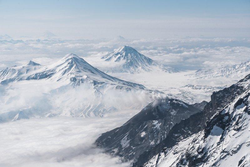 Ключевская, Безымянный, Камчатка, вулканы Вид с вершиныphoto preview