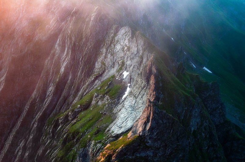 landscape, expression, fog, mist, romania, sunrise, ridge Dragon\'s Backphoto preview