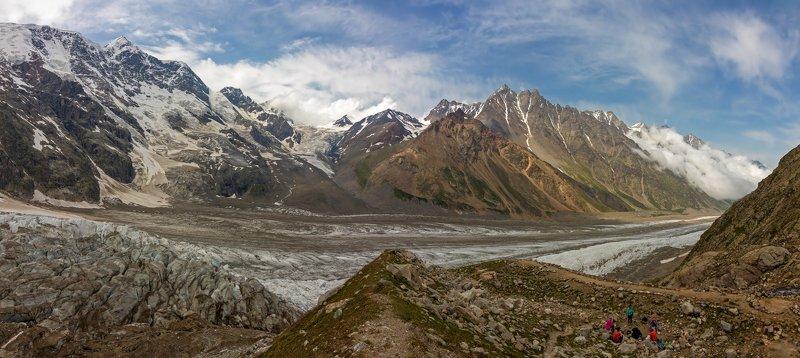 кавказ, ледник, горы, ночевки суровый мир льда и камней...photo preview