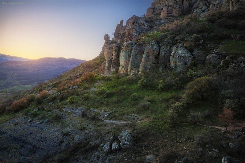 крым, закат, демерджи, вечер, горы, весна, апрель Демерджи в послезакатном светеphoto preview