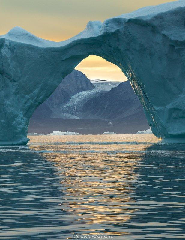 Гренландия, айсберг, ледник, Greenland, iceberg Окно в другое измерениеphoto preview