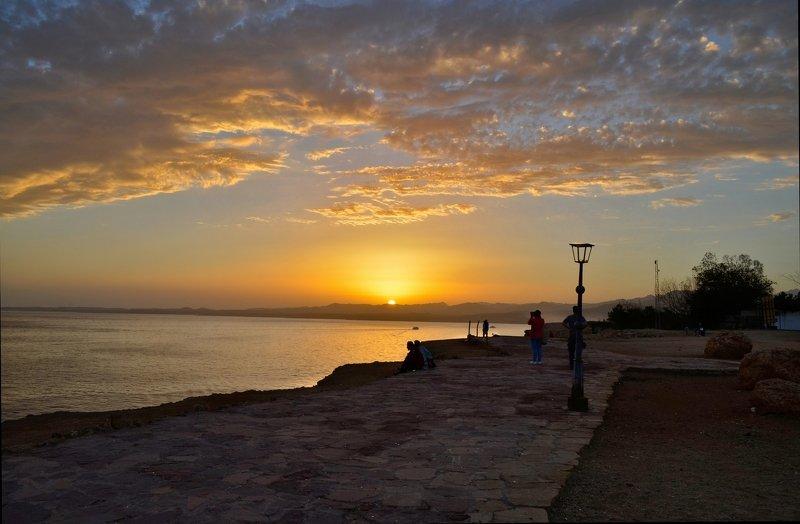 вечер, египет, синайский полуостров Закат на Синайском полуостровеphoto preview