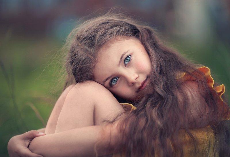 девочка глаза нежность  Ликаphoto preview