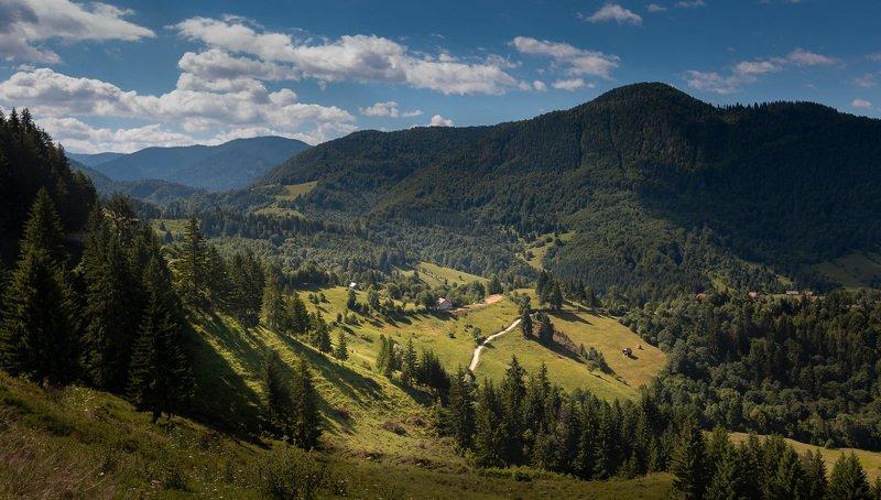 трансильвания, карпаты, румыния Солнечная Трансильвания. Фундатаphoto preview