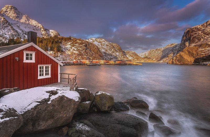 Sunset in Nusfjord фото превью