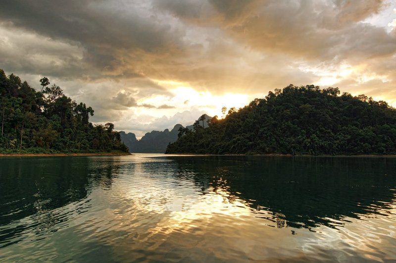озеро, чеолан, чаолан, каосок, кхаосок, тайланд Закат на озере Чео Ланphoto preview