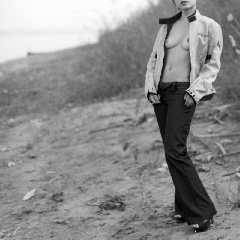 black and white, noriata, kogaku, kodak, agfa, 120, 6x6, medium format, nude, photography Fearlessly love.photo preview