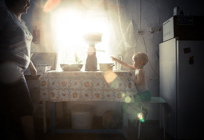#ural  #yusupovapro #yusupovaalicja #russia #milk #child #children #flare #sun Flare of morning photo preview