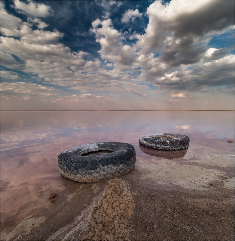 Артефакты розового озераphoto preview