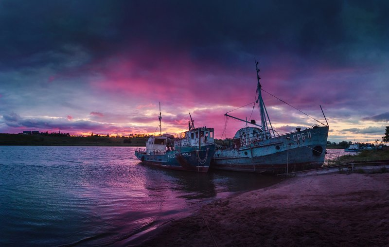 вечер, река, корабли, россия, закат, отражения Вечерняяphoto preview