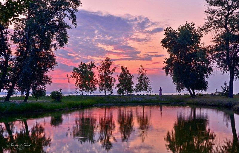 лето , июль, утро, рассвет, восход, небо, облака Утренняя прогулка у моряphoto preview