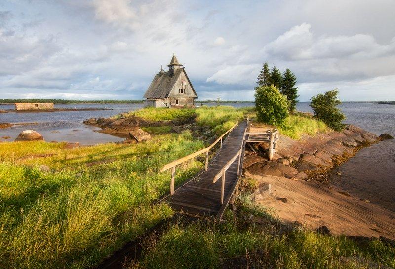 карелия,берег,море,строения,вечерний свет. На берегу Белого моря.photo preview