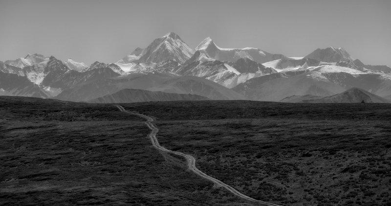 Дорога в горыphoto preview