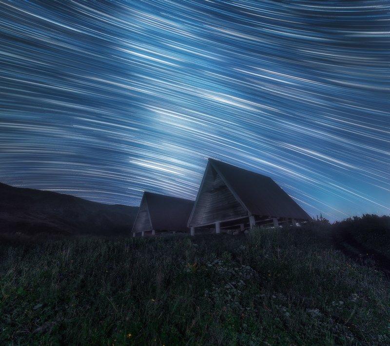 сочи, красная поляна, ночь, звезды, звездные треки, ночное небо, лето, природа, пейзаж, горы, кавказ Интерстелларphoto preview