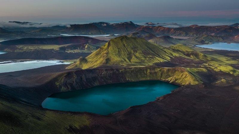 bláhyliur,аэрофотосъёмка,пейзаж,горы,исландия Bláhyliurphoto preview