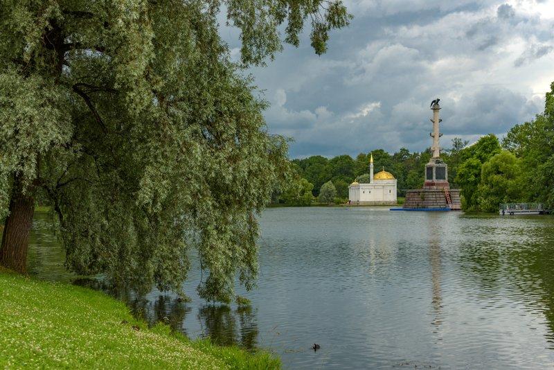 екатерининский парк,чесменская колонна,павильон\\ В ожидании дождя...photo preview