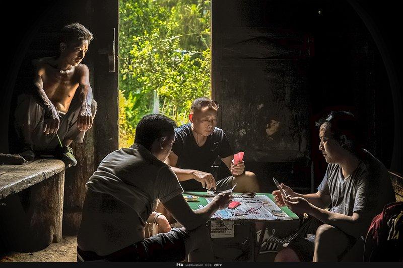 玩牌photo preview