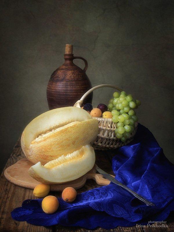 натюрморт, дыня, фрукты, винтажный натюрморт, художественное фото, ретро Натюрморт с дынейphoto preview