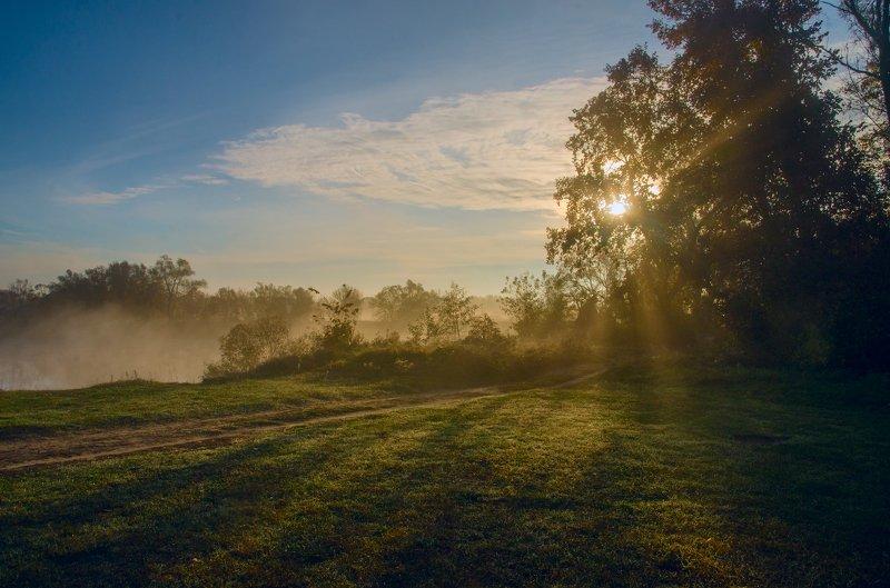 рассвет ,утро ,туман , Туманный расветphoto preview