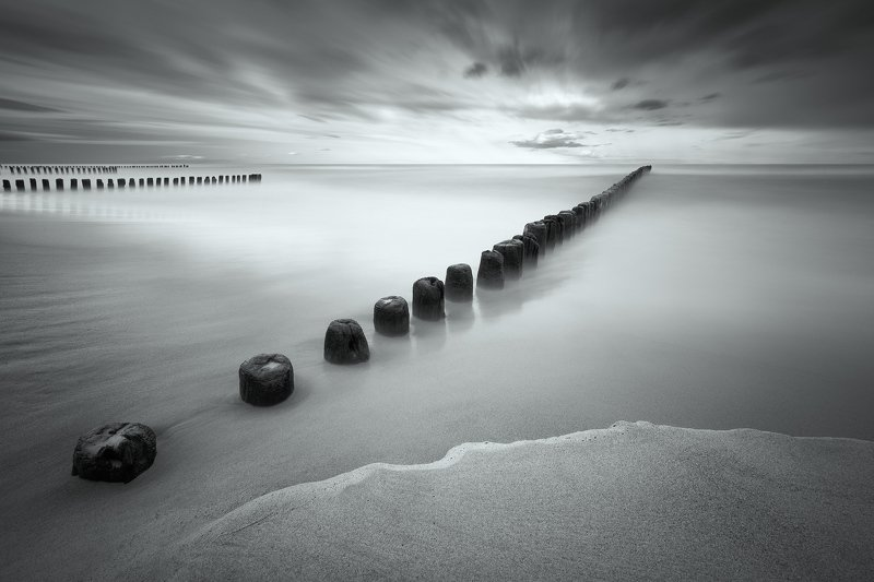 wave breaker, sea, baltic, long exposure, sand, coast, poland, bw, sky, clouds, Wave breakerphoto preview