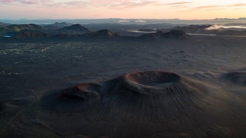 рассвет.исландия,кратер,аэрофотосъёмка,пейзаж Рассвет на Марсеphoto preview