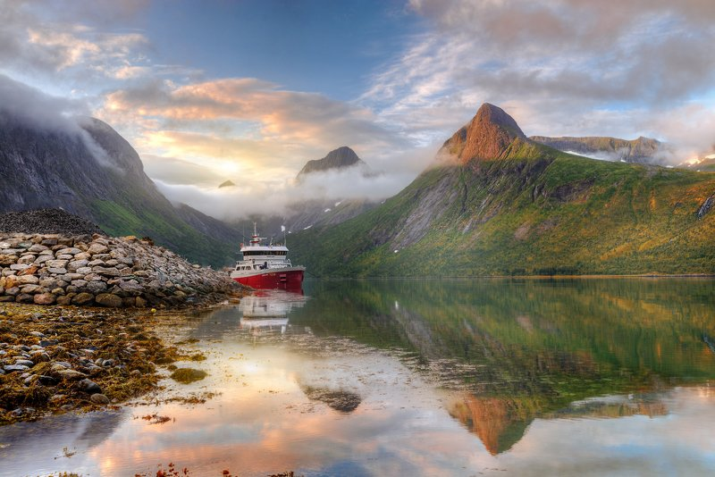 Norway, Senja islandphoto preview