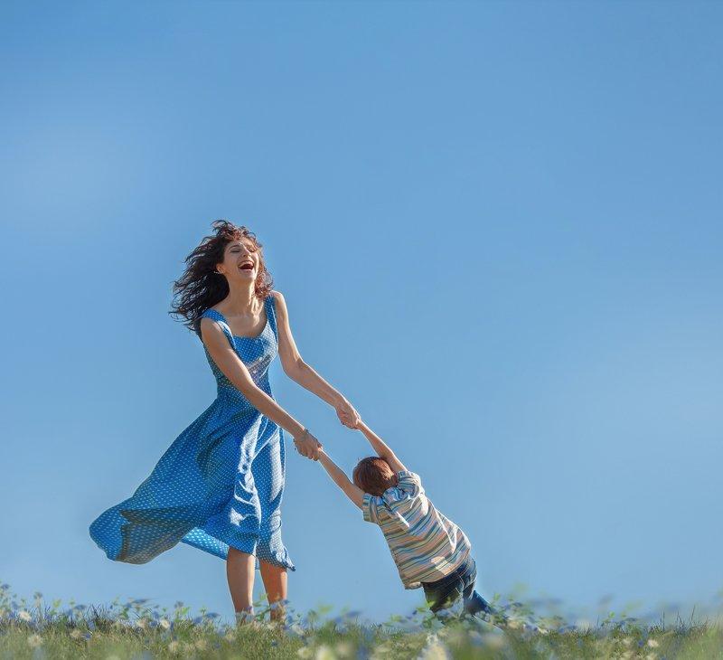 мама сын счастье лето  мамаphoto preview