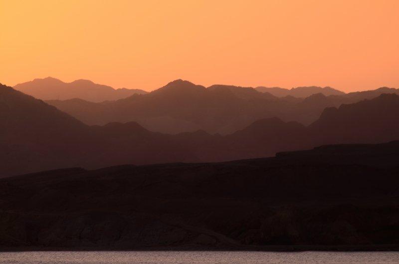 египет,закат,горы Горы на закатеphoto preview