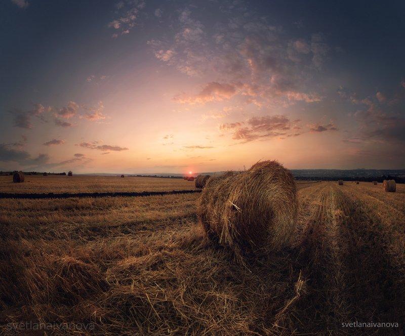 закат, горы, поле, ессентуки, лето, ставропольский край, предгорный район, кмв, трактор, уборка На закате лета...photo preview