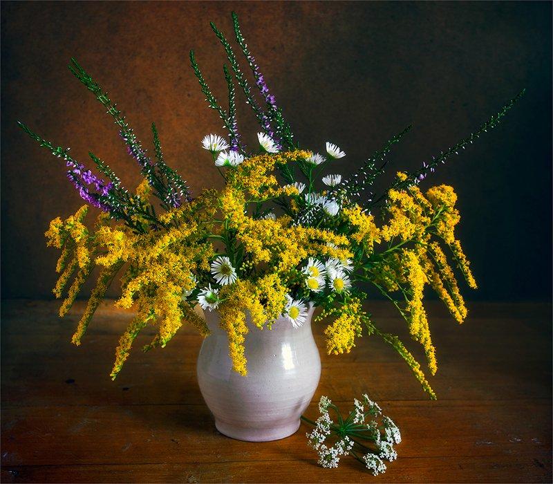 still life, натюрморт,    винтаж,    цветы,  полевые цветы, луговые цветы, натюрморт с полевыми цветамиphoto preview