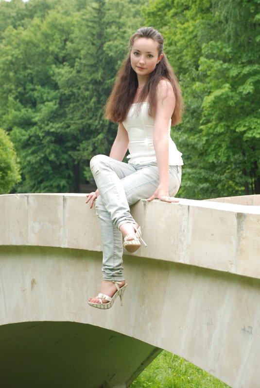 berendey girl bridgephoto preview