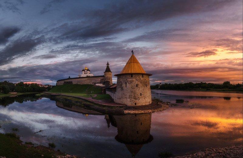 псков, россия, закат, кром, лето, река, отражения Псковский закатphoto preview