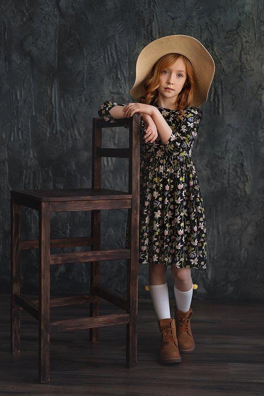 портрет,детский портрет,шляпа,цветы,рыжая,рыжие волосы Lizaphoto preview