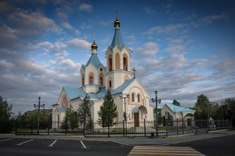 Храм Петра и Павлаphoto preview