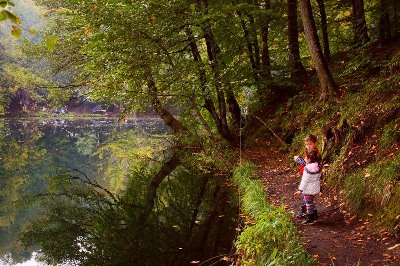 landscape,view,image,kids,children,reflections,autumn,lake,forest,photography,travel,freedom,fishing, FISHINGSphoto preview