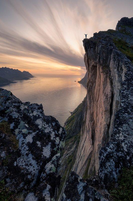 норвегия сенья хестен norway senja hesten Провожая солнцеphoto preview