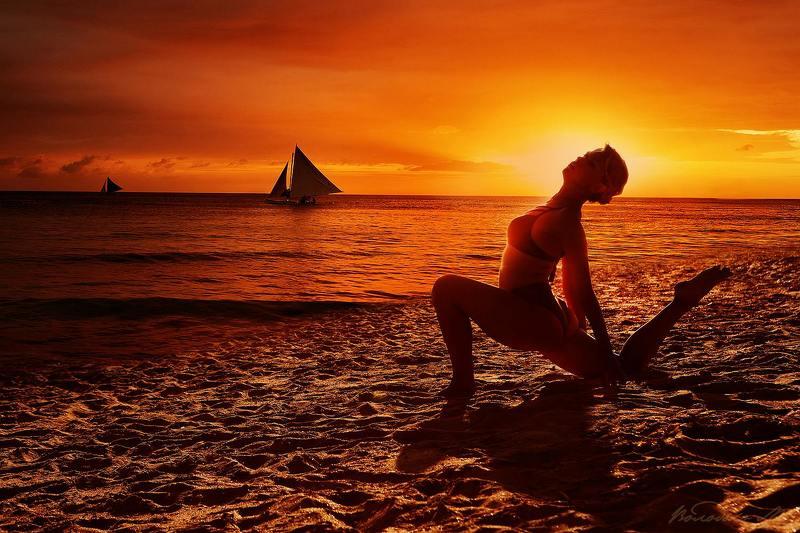 На закате солнцаphoto preview