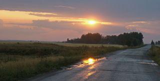Закат после вчерашнего дождя.