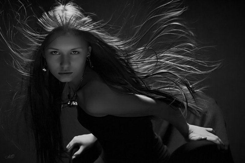 девушка волосы взгляд Следи за собой...будь осторожен...photo preview